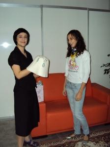 Chapéu de chuva (Gabriela Lenzi) que agora mora com Fernanda Takai.